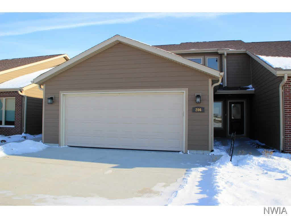 Property for sale at 206 Prairie Bluff Dr. Unit: A, Sergeant Bluff,  IA 51054