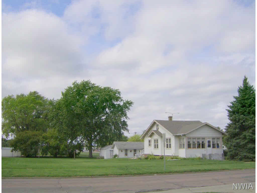 Property for sale at 626 Cottage Ave., Vermillion,  SD 57069