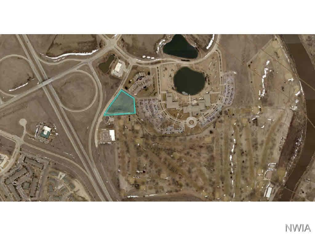 Property for sale at 320 Oak Tree Lane, Dakota Dunes,  SD 57049