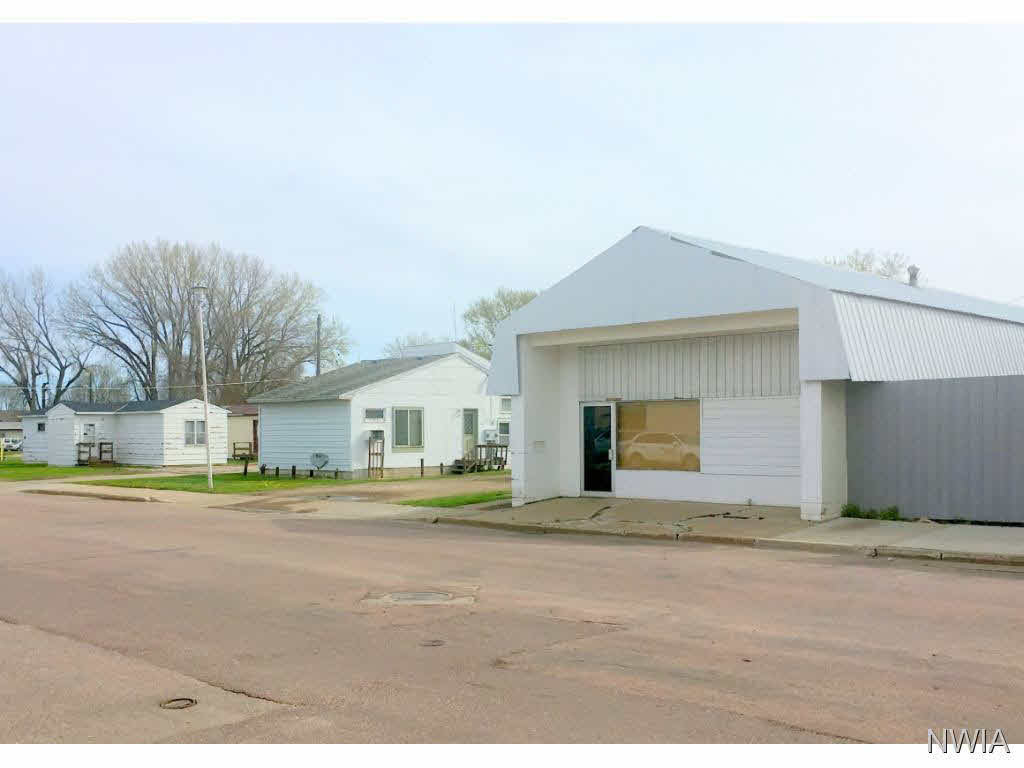 Property for sale at 711 Cottage Ave., Vermillion,  SD 57069