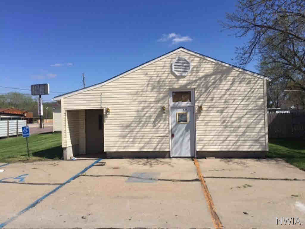 Property for sale at 114 Main St., No. Sioux City,  SD 57049