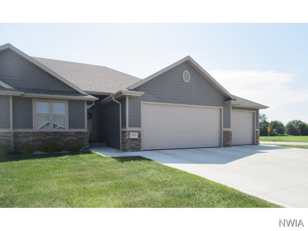 Property for sale at 3824 Park Place, South Sioux City,  NE 68776