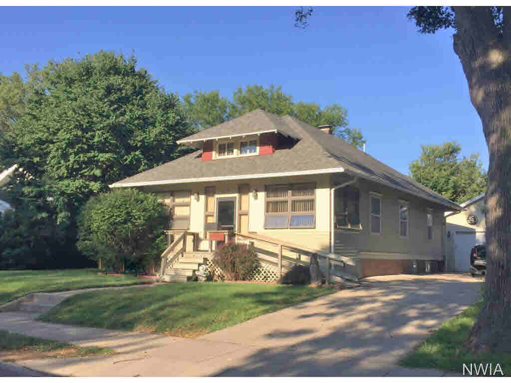 Property for sale at 109 Linden, Vermillion,  SD 57069