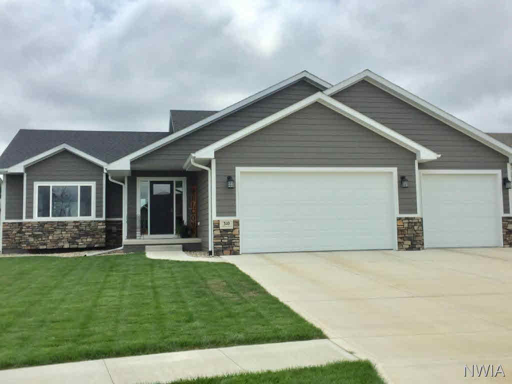 Property for sale at 310 Willow Bend, Sergeant Bluff,  IA 51054