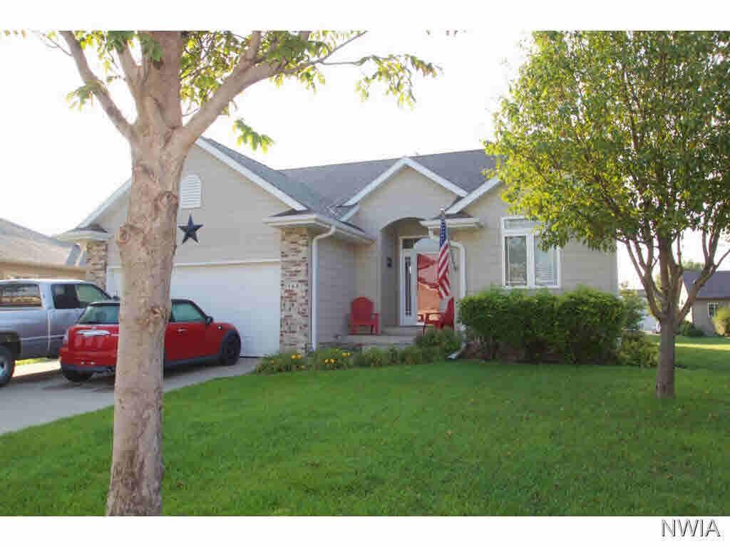 Property for sale at 568 Prairie Blvd, Dakota Dunes,  SD 57049
