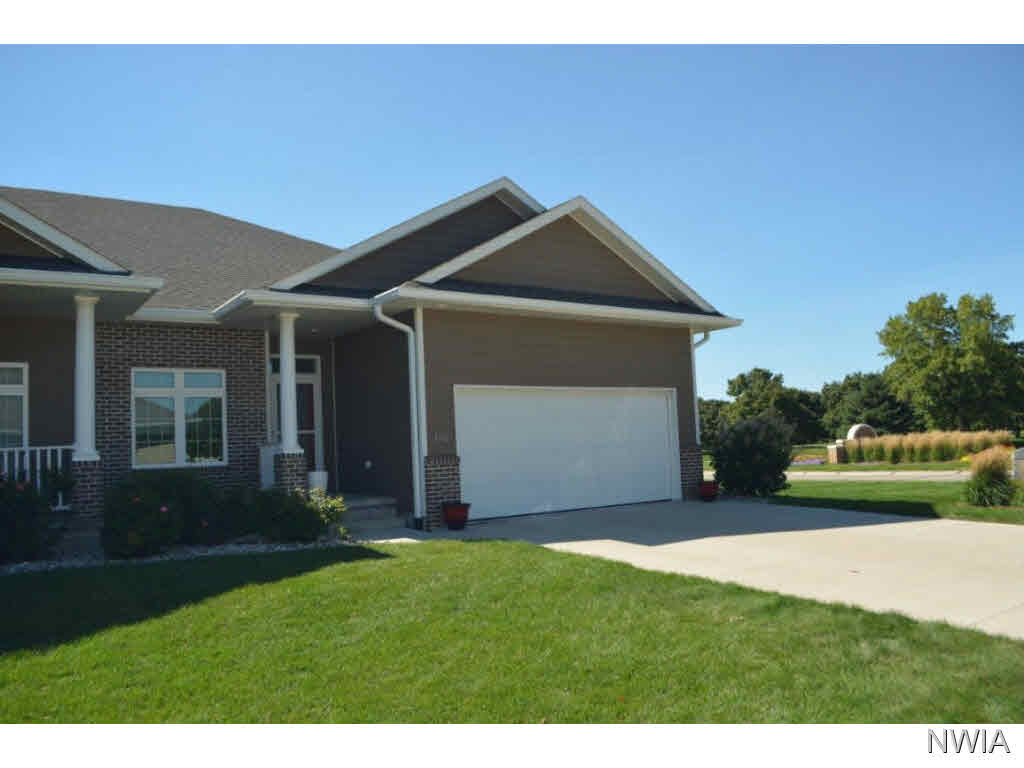 Property for sale at 102 Brookline Trail, Dakota Dunes,  SD 57049