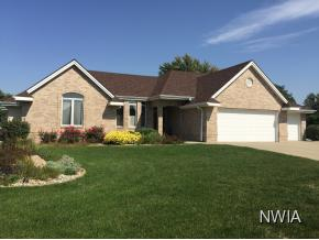 Property for sale at 833 Meadow Dr, Moville,  IA 51039