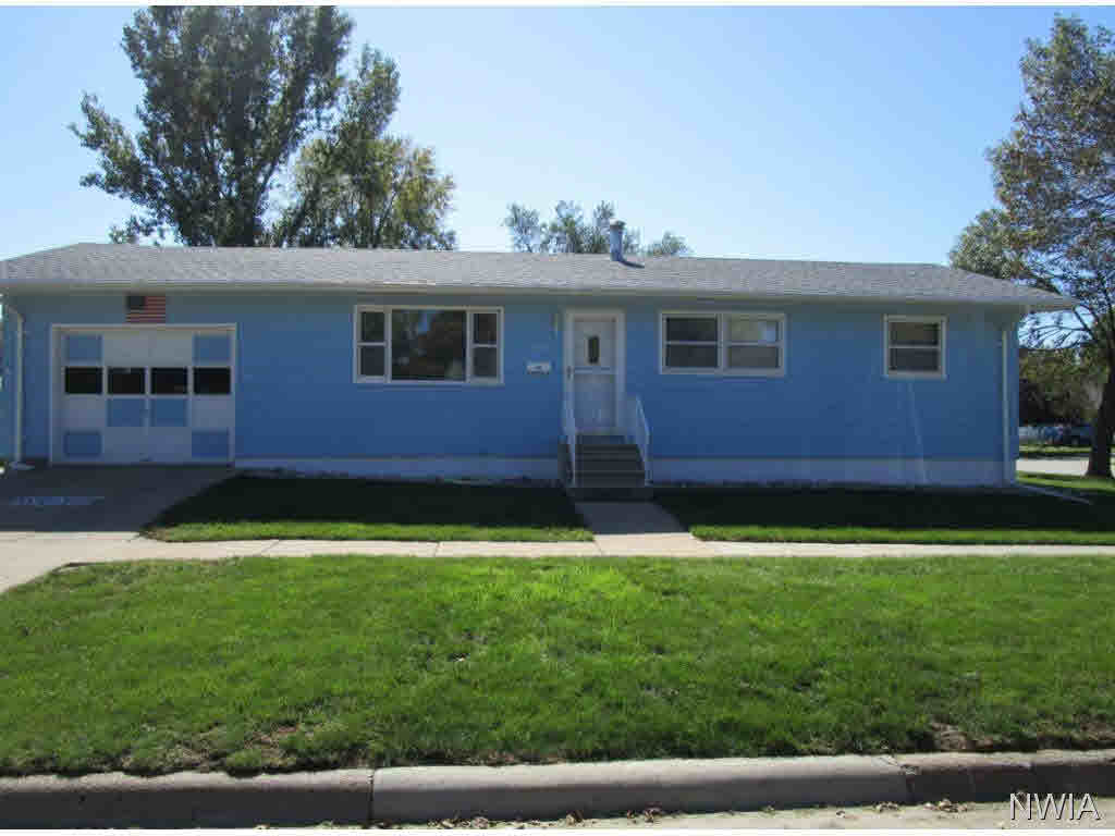 Property for sale at 300 E 14th St, South Sioux City,  NE 68776