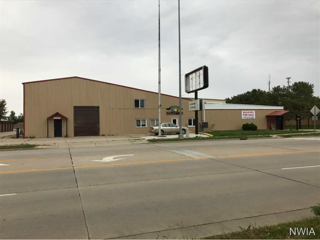 Property for sale at 1322 E Cherry, Vermillion,  SD 57069