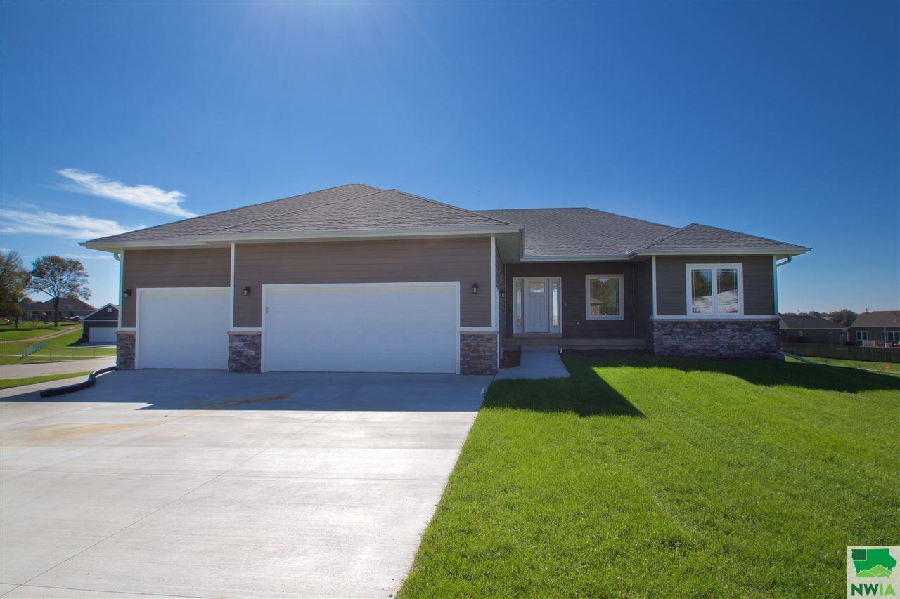 Property for sale at 101 Eagle Court, Lawton,  IA 51030