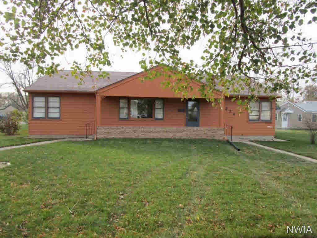 Property for sale at 224 E 28th, South Sioux City,  NE 68776