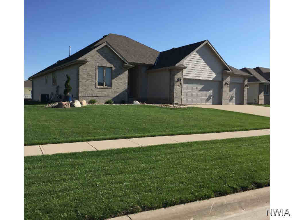Property for sale at 718 Coffie Farm Rd, Sergeant Bluff,  IA 51054
