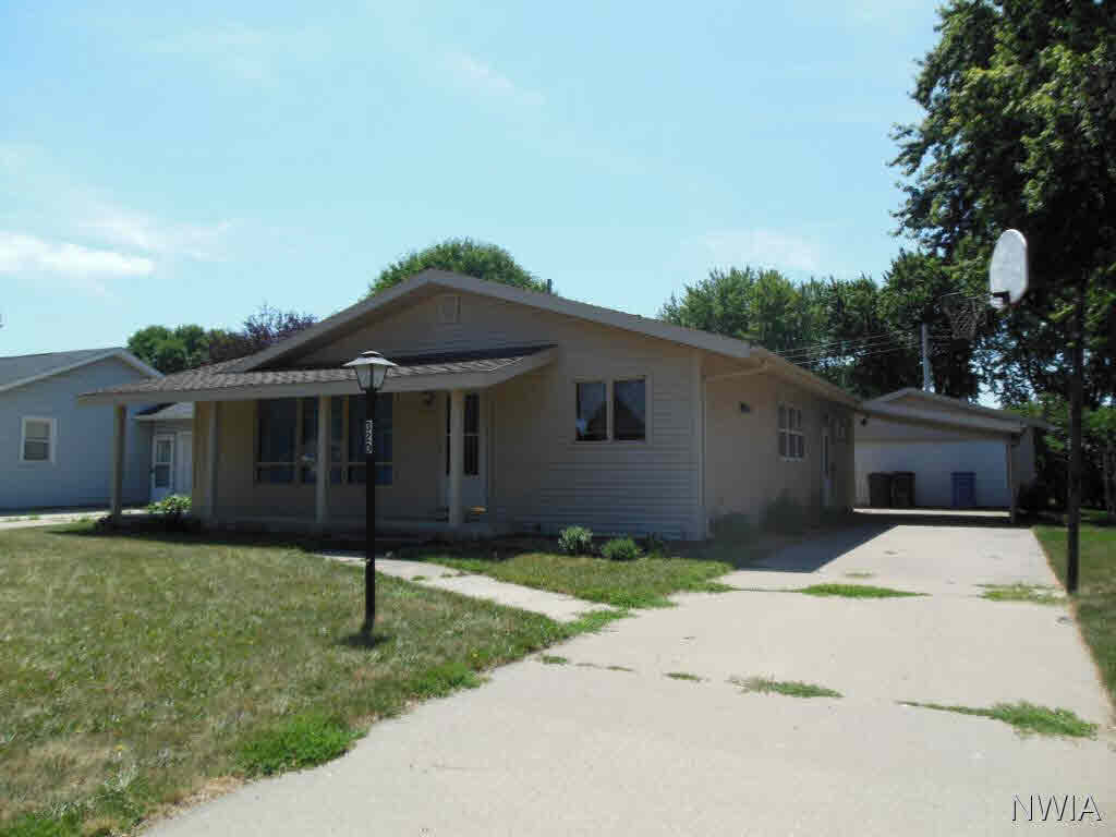 Property for sale at 320 5th St Nw, Lemars,  IA 51031