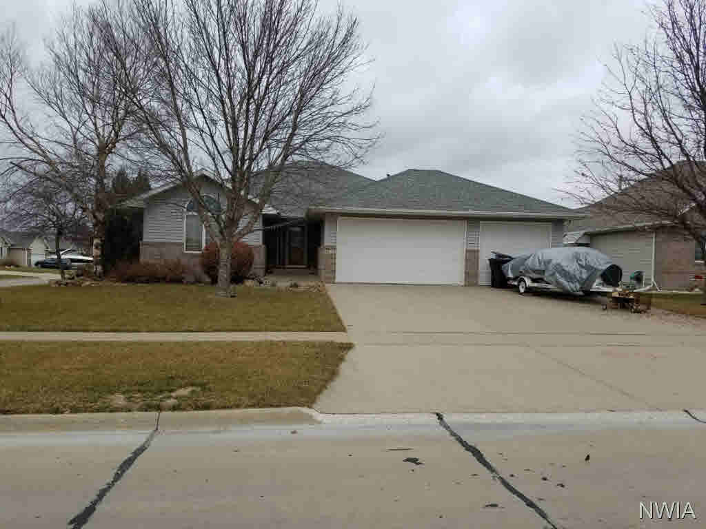 Property for sale at 413 Brookshire Court, Sergeant Bluff,  IA 51054