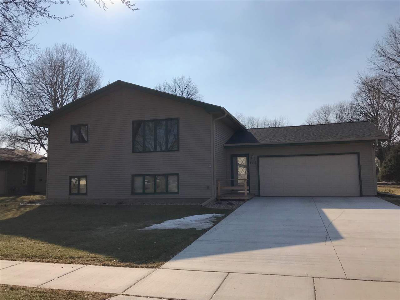 Property for sale at 415 Lee Street, Vermillion,  SD 57069