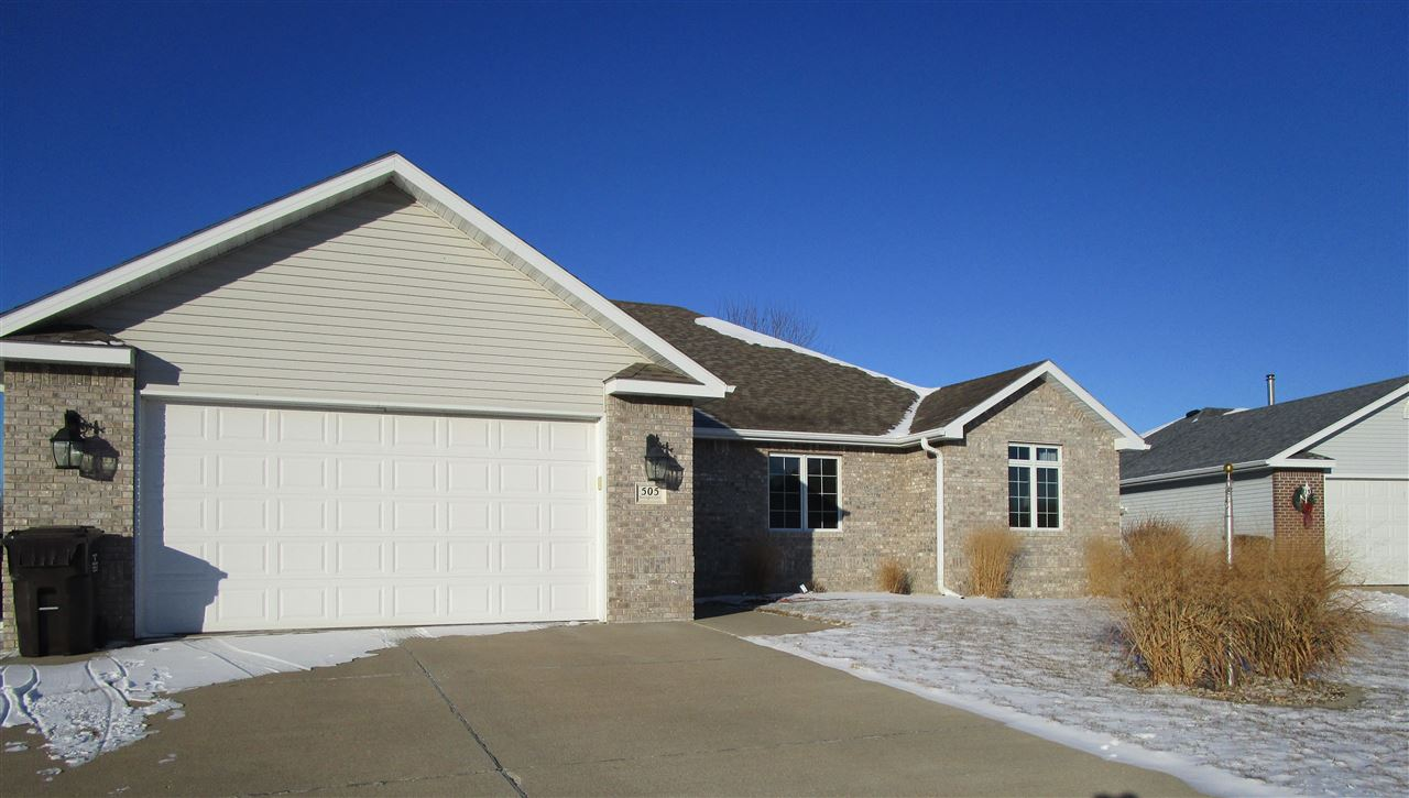 Property for sale at 505 Huntington Court, Sergeant Bluff,  IA 51054