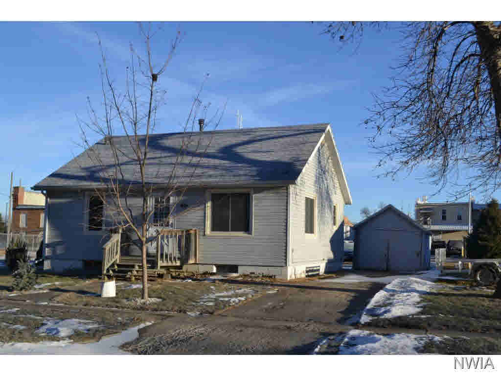 Property for sale at 105 W Washington, Elk Point,  SD 57025