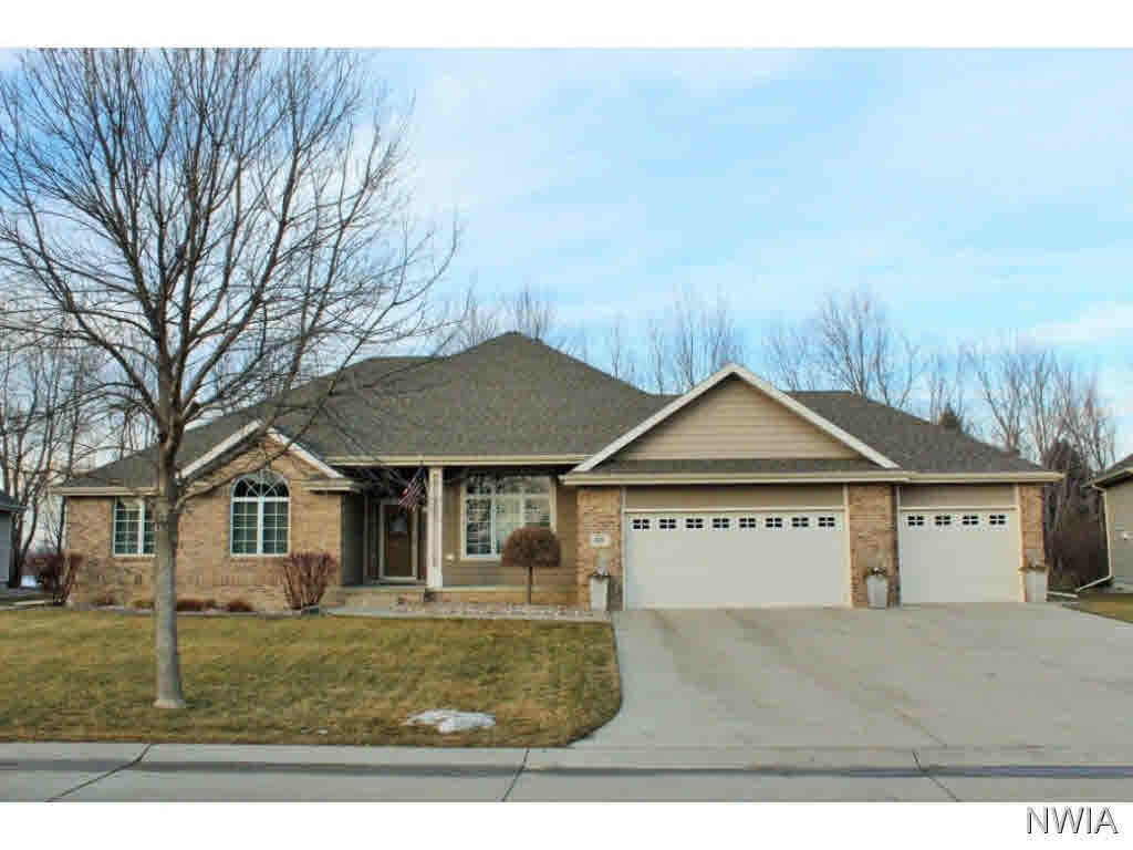 Property for sale at 627 Fawn Hollow, Dakota Dunes,  SD 57049