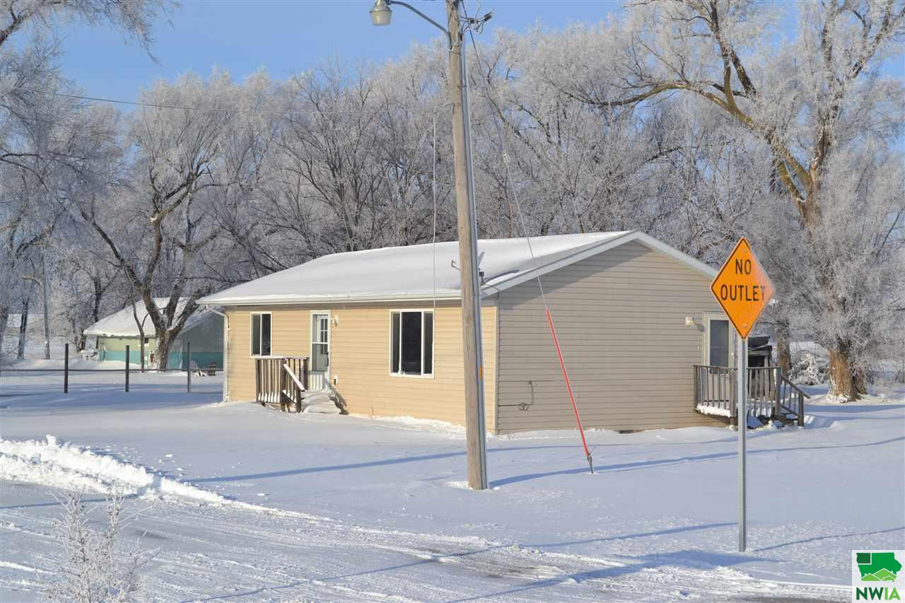 Property for sale at 1124 Washington St., No. Sioux City,  SD 57049