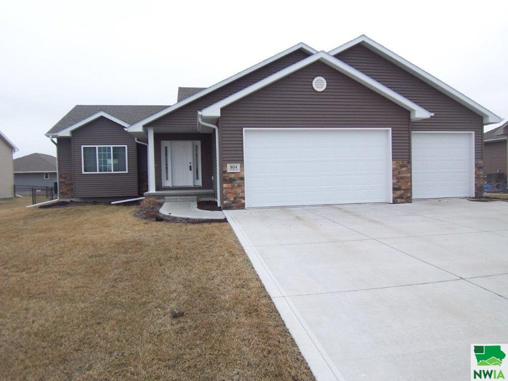 Property for sale at 804 Cottonwood Trail, Sergeant Bluff,  IA 51054