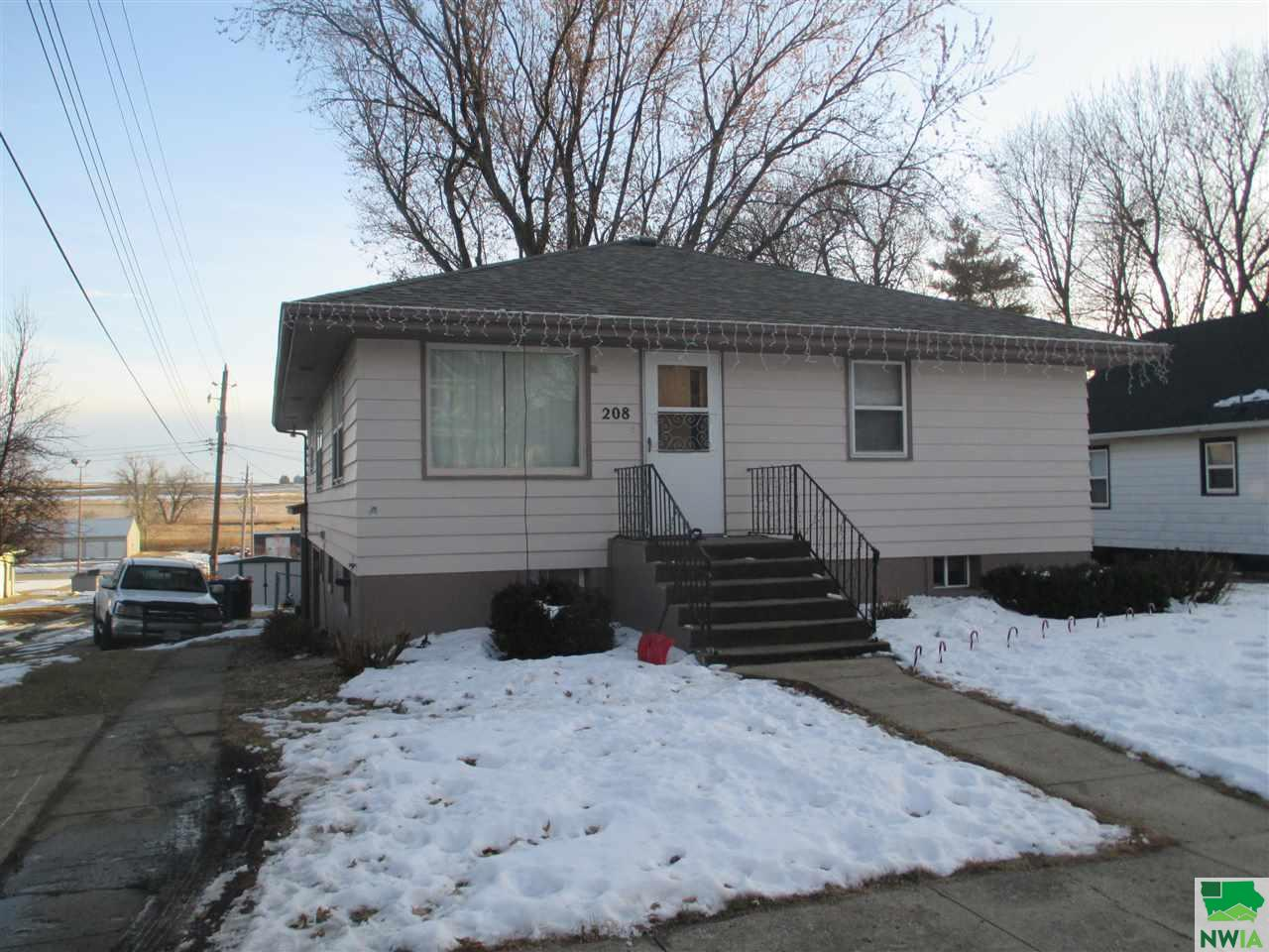 Property for sale at 208 E Second St., Kingsley,  IA 51028