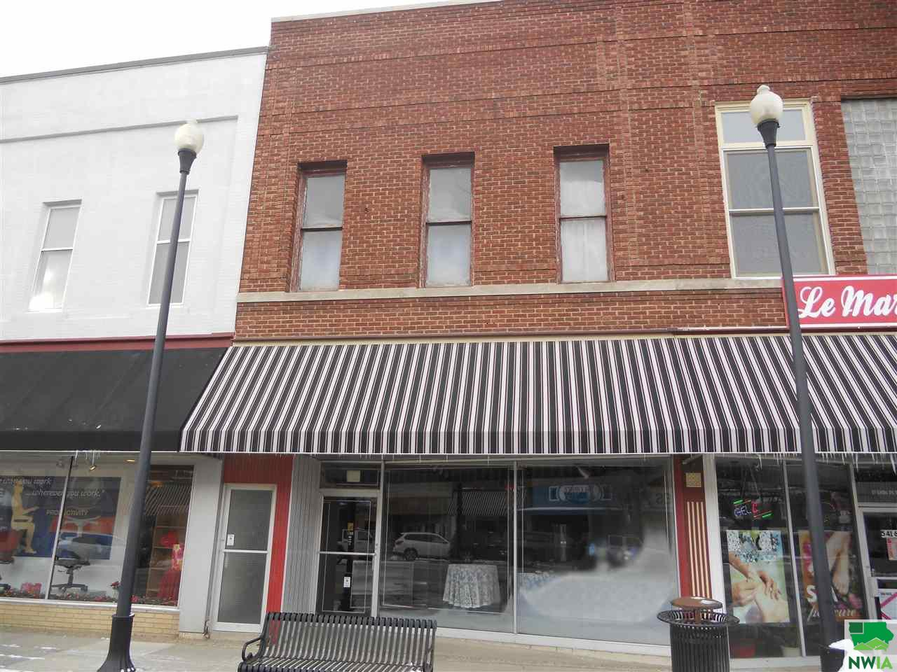 Property for sale at 25 Central Ave Nw, Lemars,  IA 51031