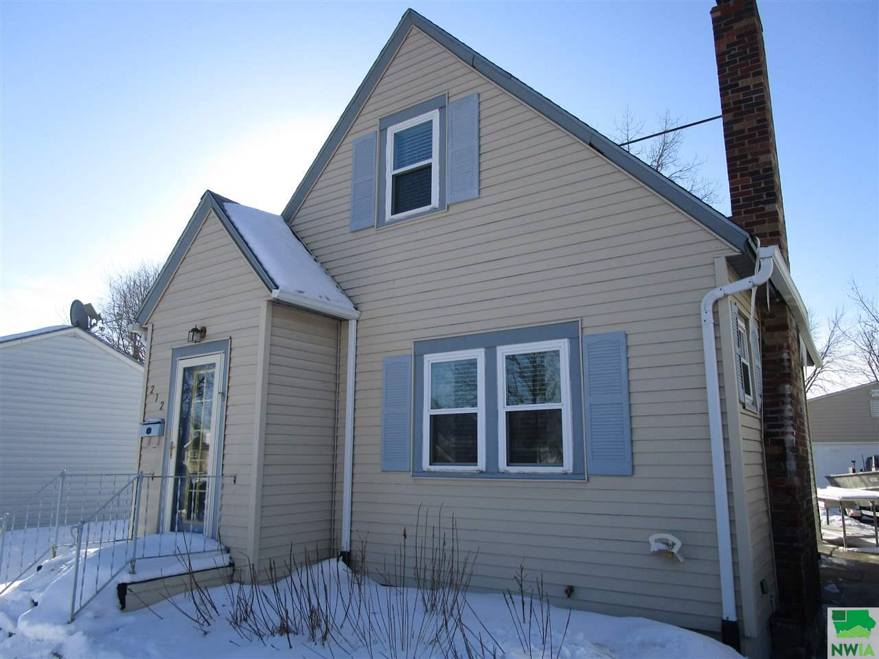 Property for sale at 212 E 30th, South Sioux City,  NE 68776