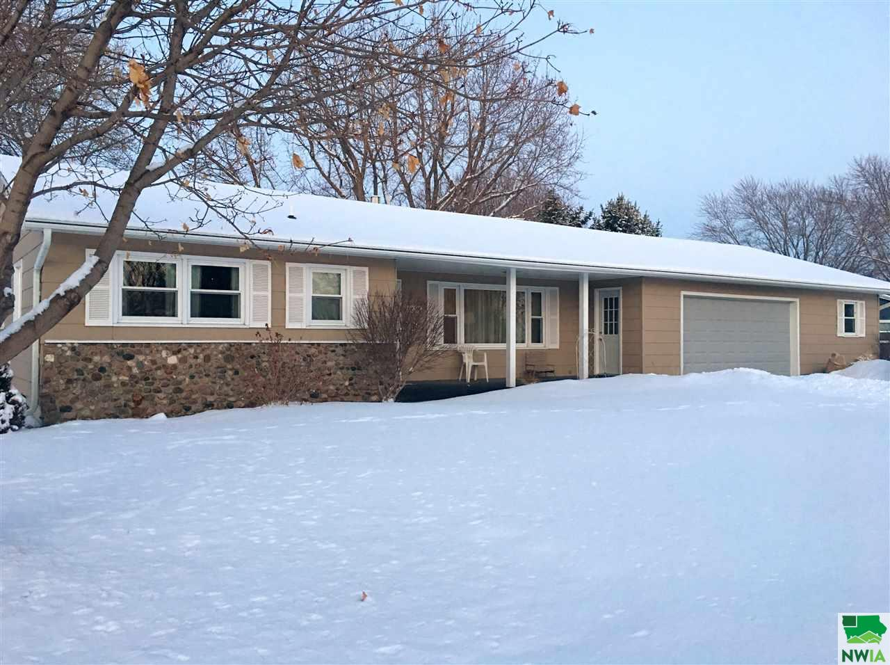Property for sale at 1819 Constance, Vermillion,  SD 57069