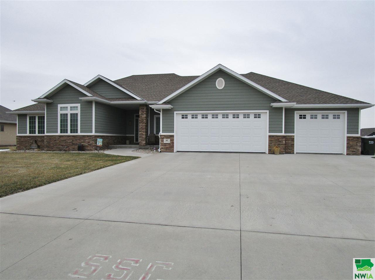Property for sale at 141 Rottunda Way, South Sioux City,  NE 68776