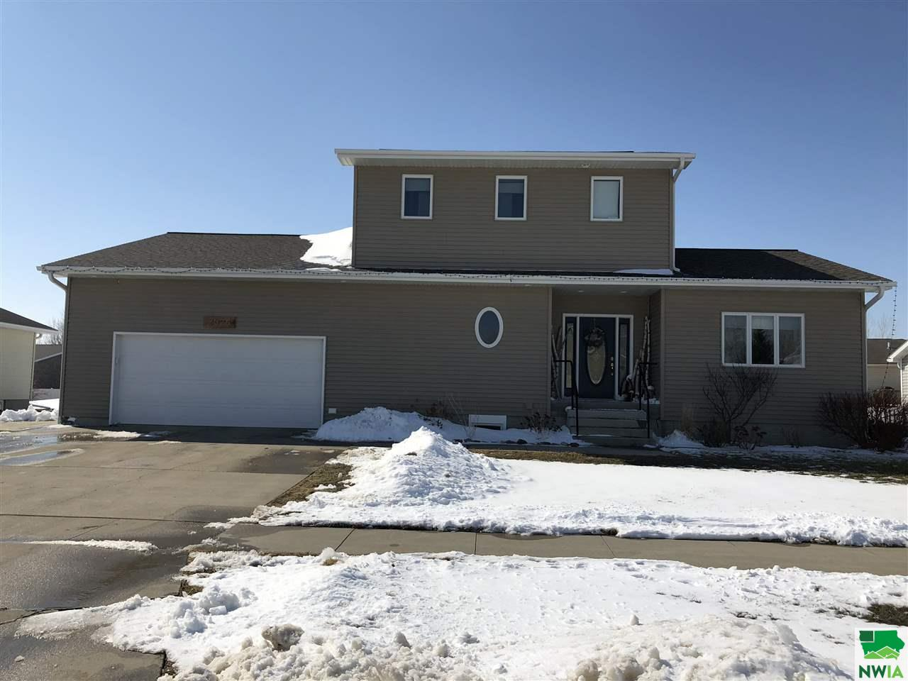 Property for sale at 2025 Augusta Dr., Vermillion,  SD 57069
