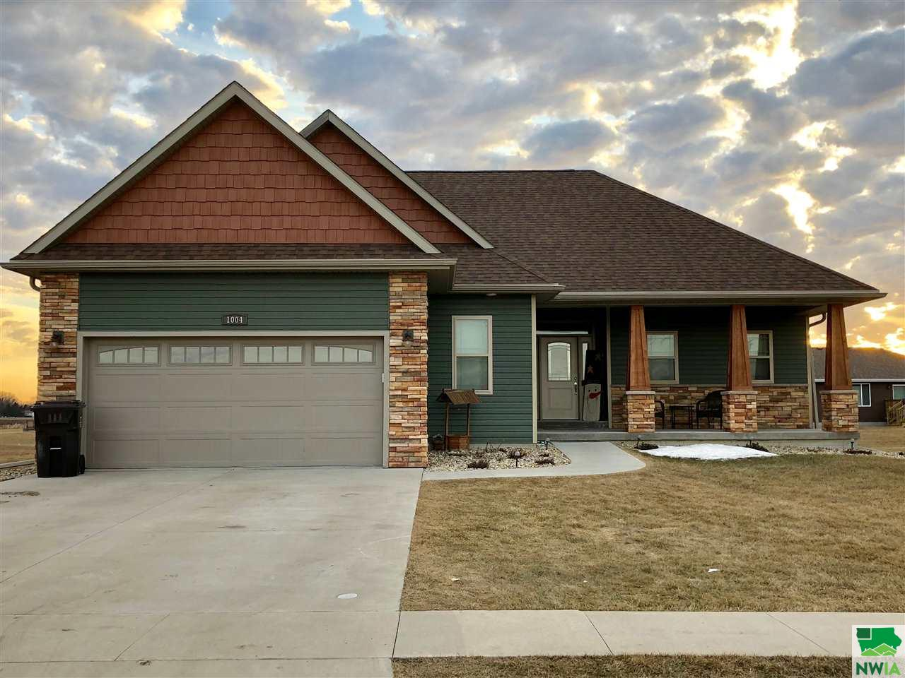 Property for sale at 1004 Coffie Farm Rd, Sergeant Bluff,  IA 51054
