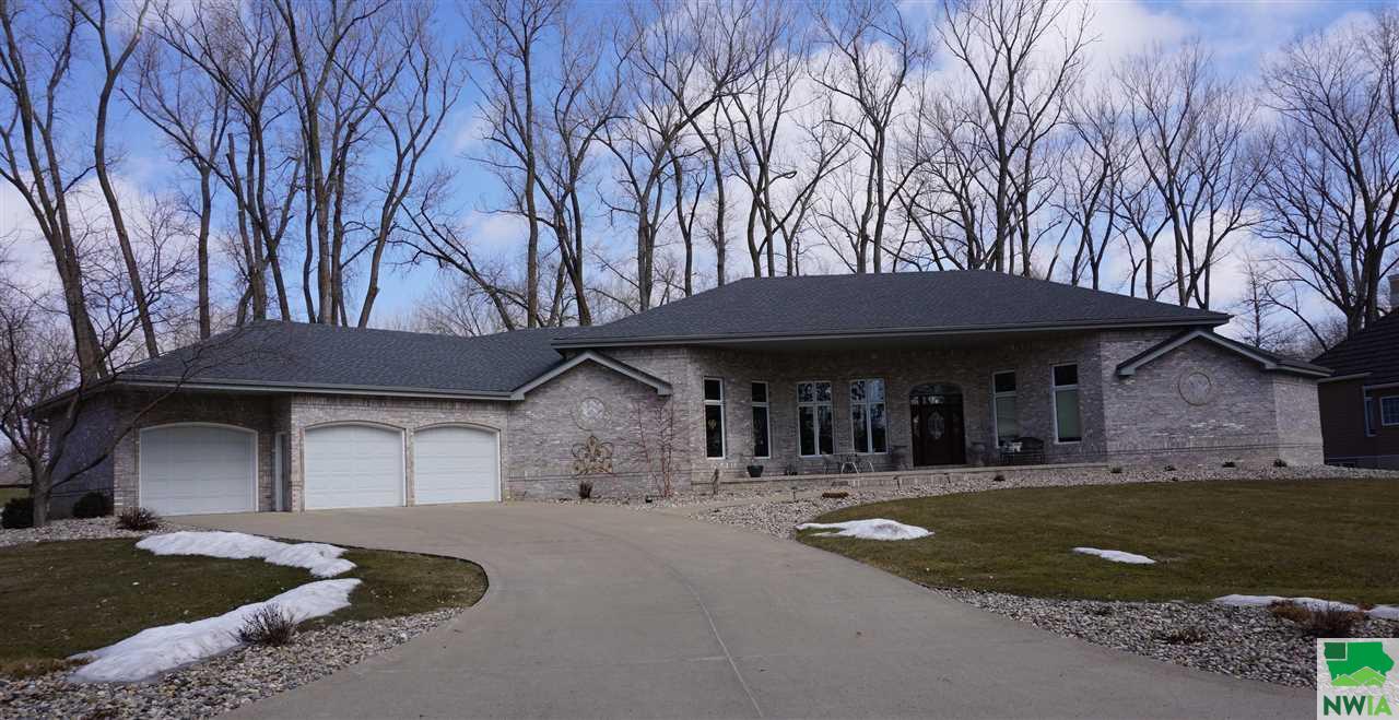 Property for sale at 655 East Sawgrass Trail, Dakota Dunes,  SD 57049
