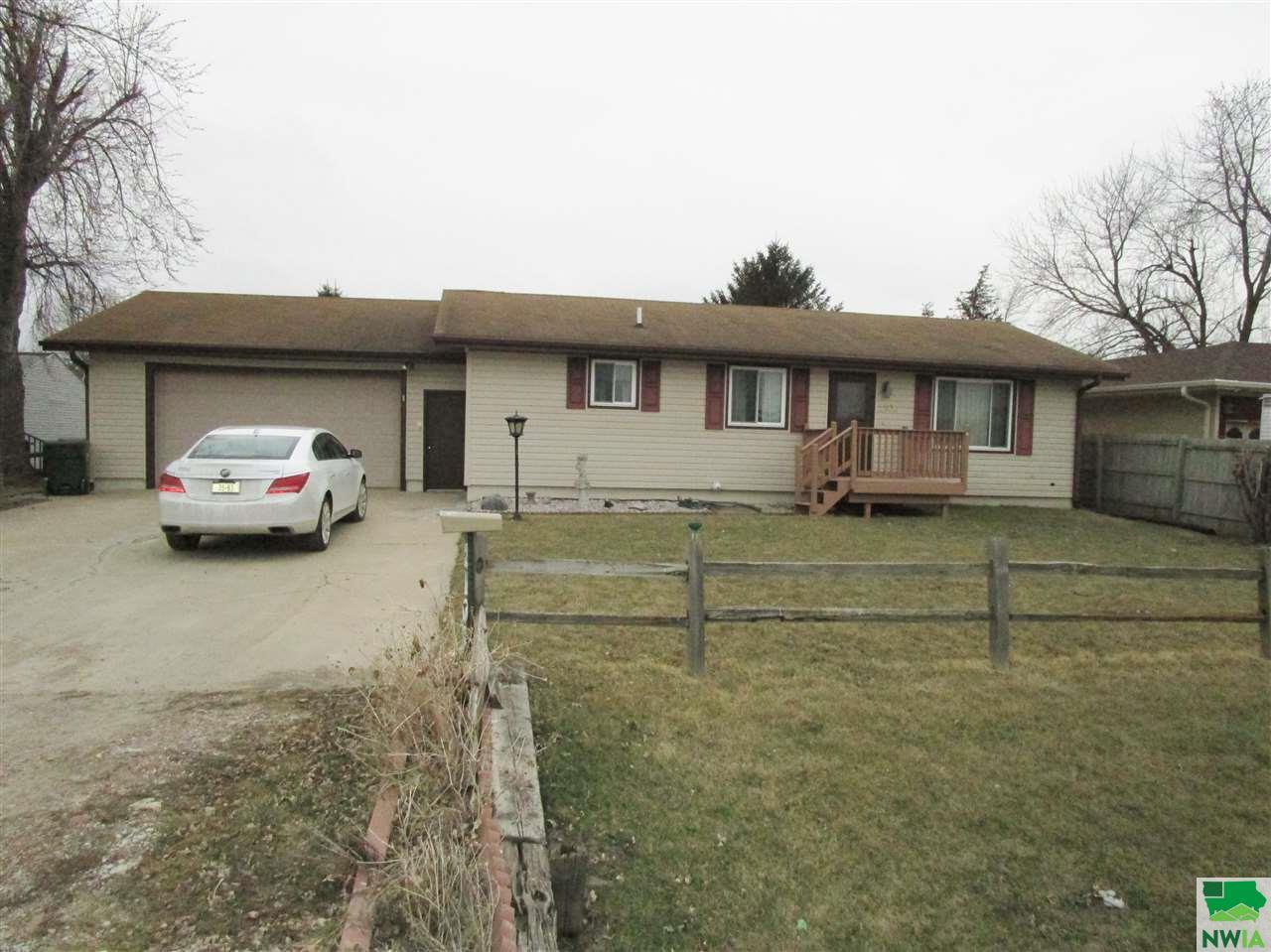 Property for sale at 2106 Mulberry, Dakota City,  NE 68731