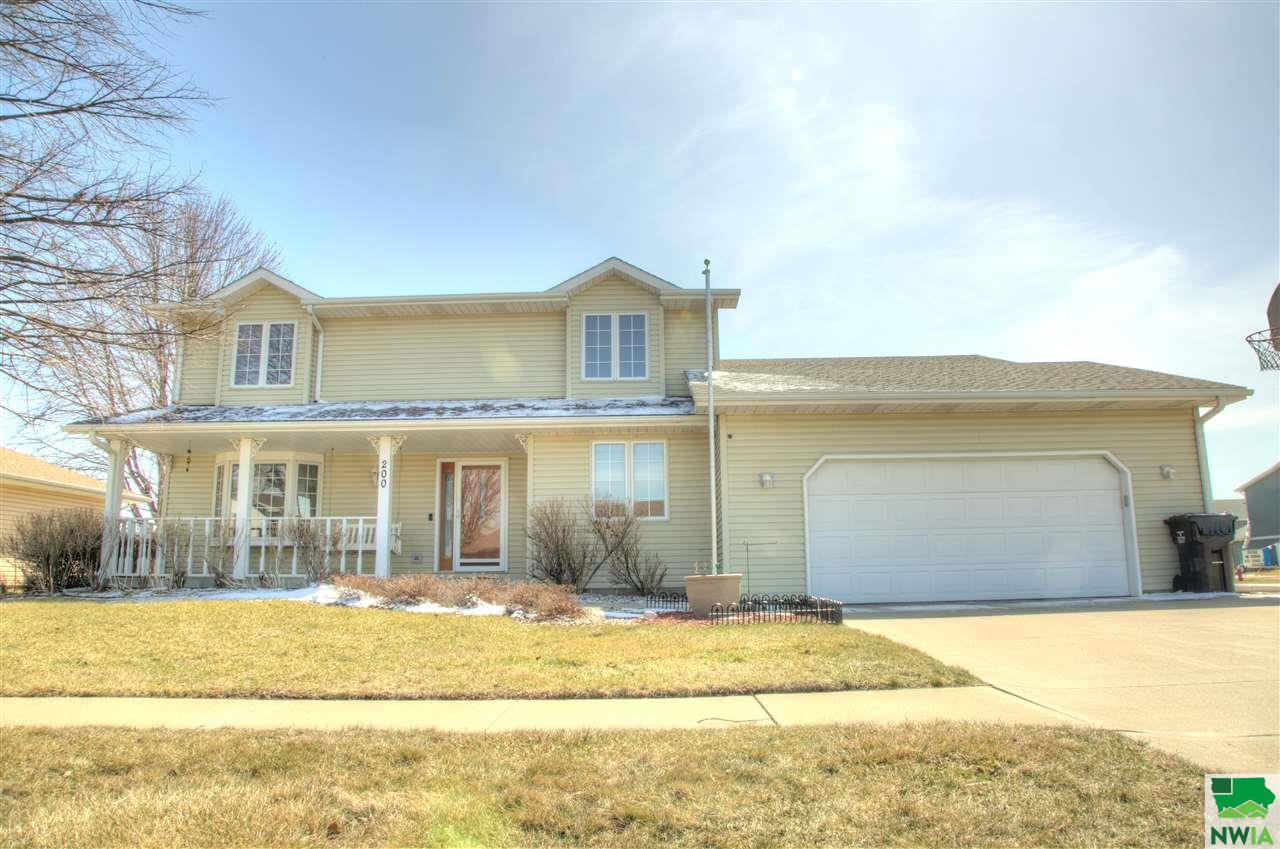 Property for sale at 200 Prairie Lane, Sergeant Bluff,  IA 51054