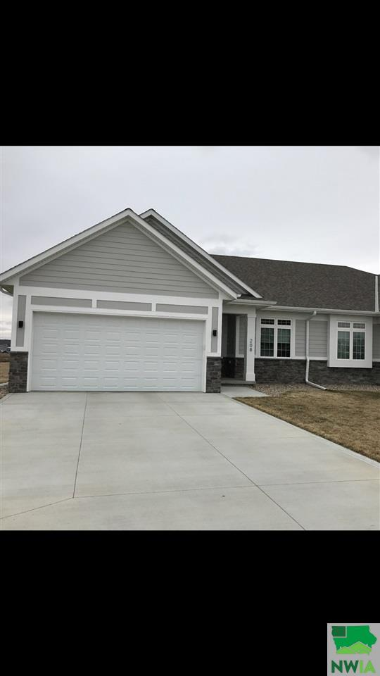 Property for sale at 208 Delmar Circle, No. Sioux City,  SD 57049