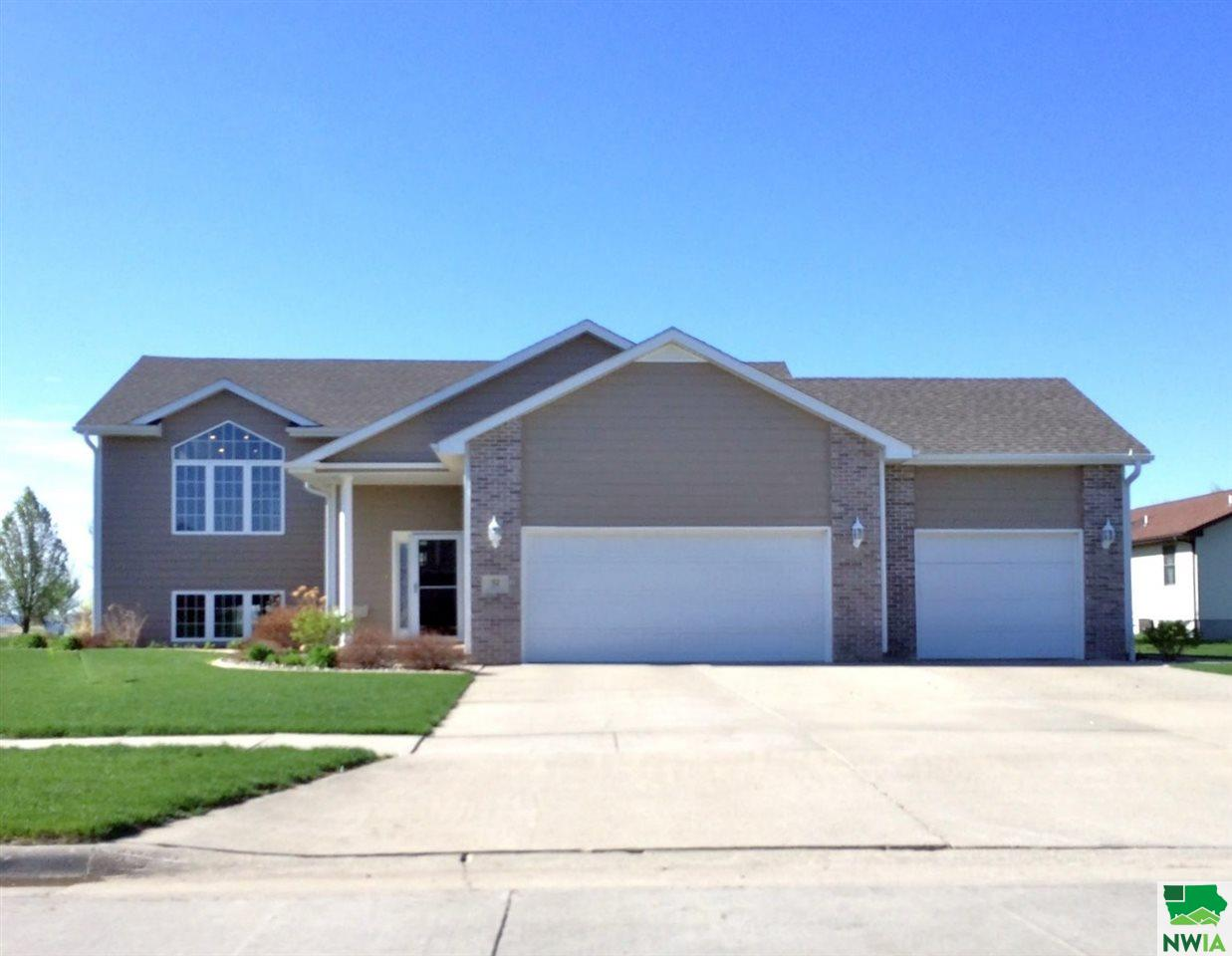 Property for sale at 52 Cypress, Vermillion,  SD 57069