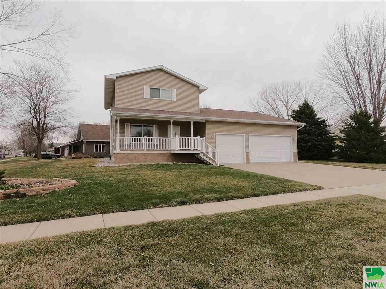 Property for sale at 1804 Augusta, Vermillion,  SD 57069