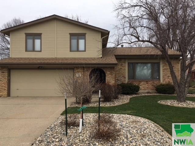 Property for sale at 126 Golden Drive, Sergeant Bluff,  IA 51054