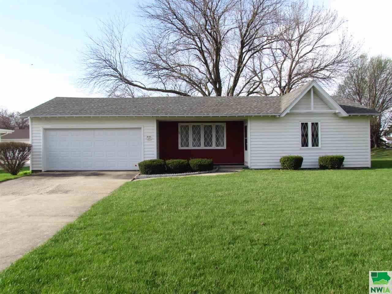 Property for sale at 1509 Elmwood Drive Unit: ., Onawa,  IA 51040