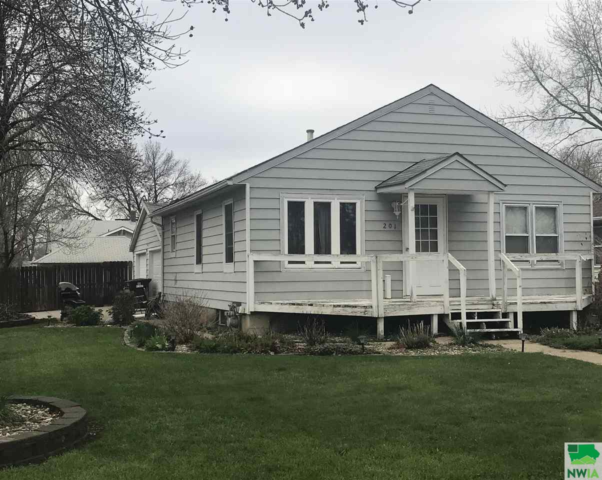 Property for sale at 201 E 31st, South Sioux City,  NE 68776