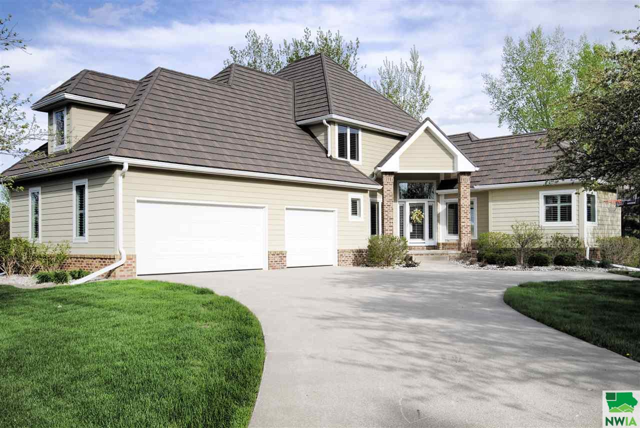 Property for sale at 276 W Pinehurst Trail, Dakota Dunes,  SD 57049