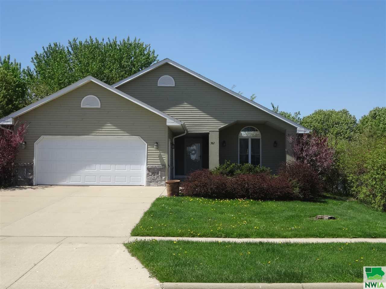 Property for sale at 507 Pinehurst, Vermillion,  SD 57069