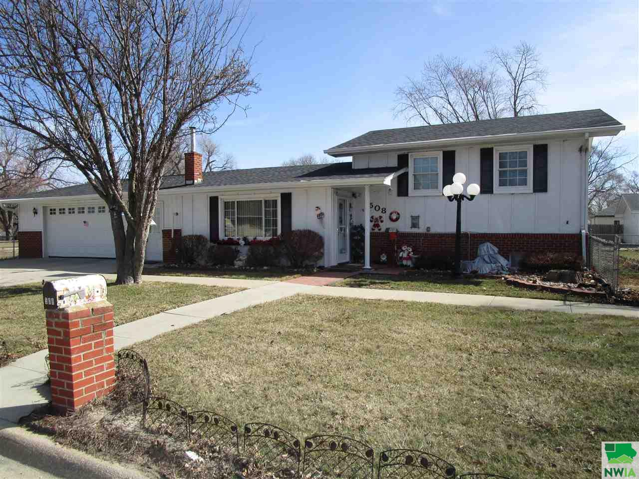 Property for sale at 508-512 4th Avenue, South Sioux City,  NE 68776