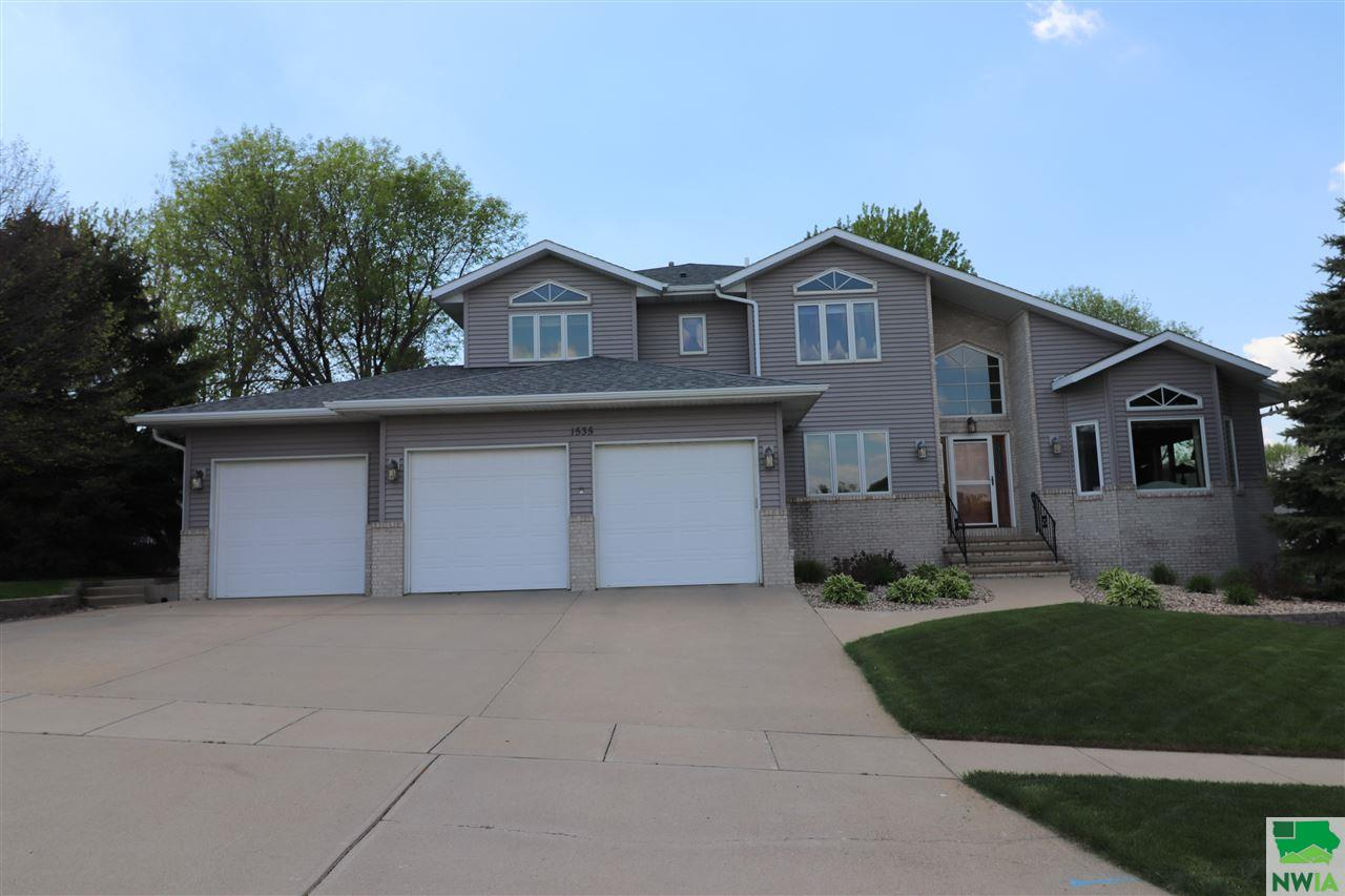 Property for sale at 1535 Schafer Ave Se, Lemars,  IA 51031