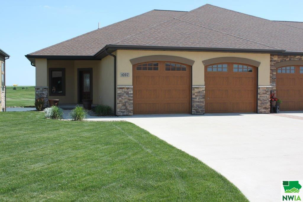 Property for sale at 1057 Teres View Drive, Sioux Center,  IA 51250