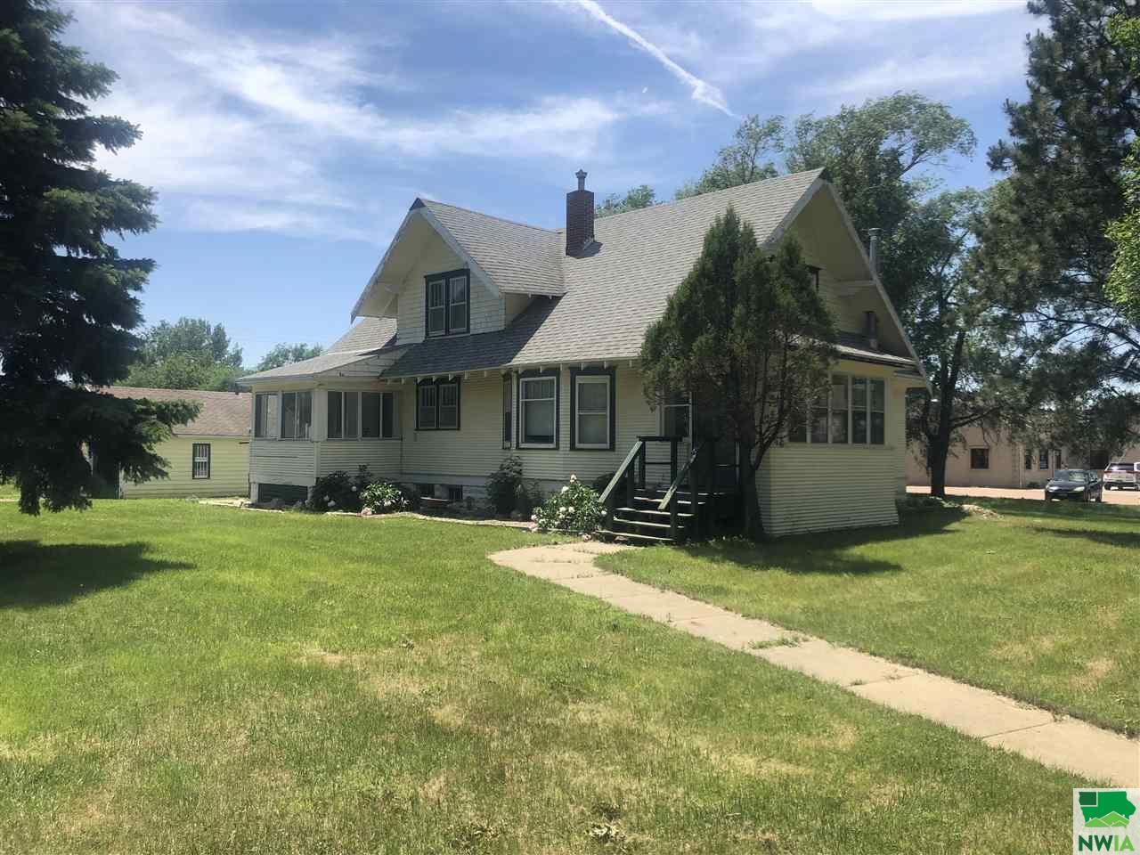Property for sale at 1419 E Cherry, Vermillion,  SD 57069