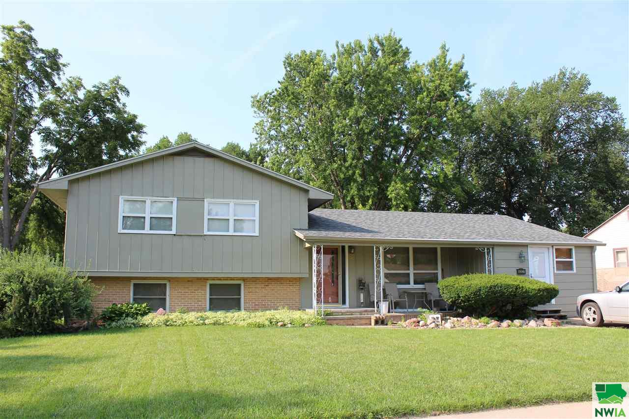 Property for sale at 502 E 31st, South Sioux City,  NE 68731