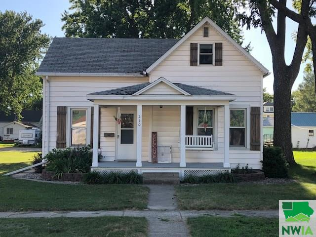 Property for sale at 210 Delaware Ave Sw, Orange City,  IA 51041