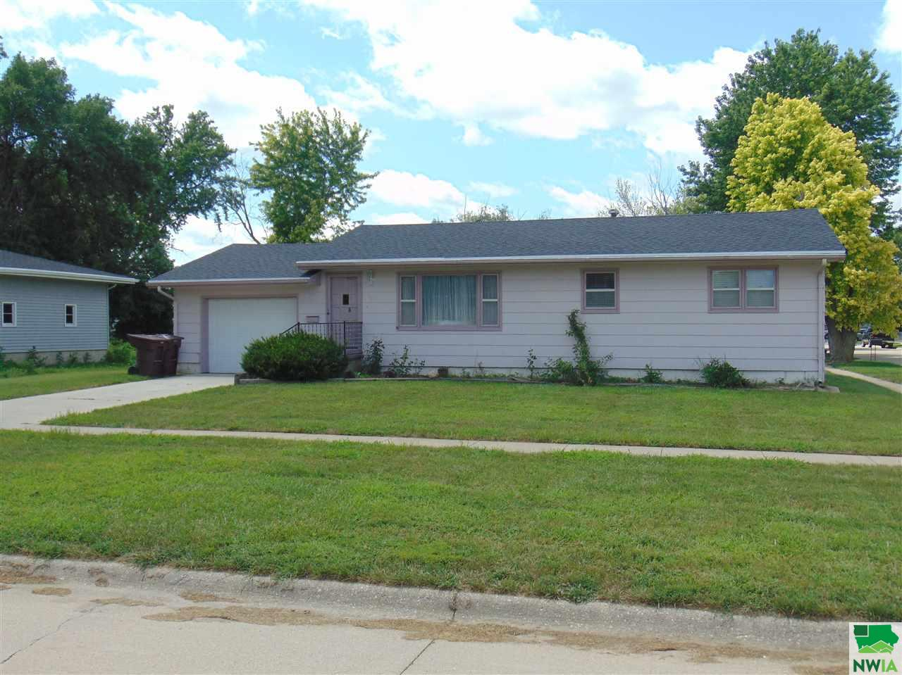 Property for sale at 1401 3rd Ave., South Sioux City,  NE 68776