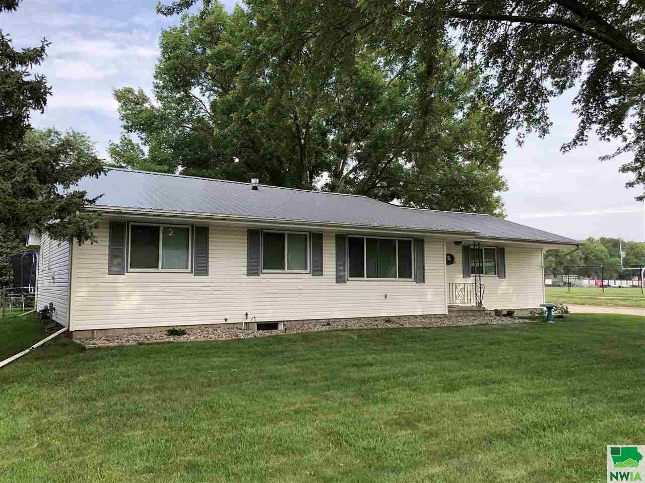 Property for sale at 2732 Willow St, Sioux City,  IA 51106